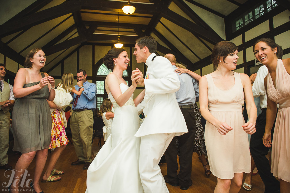 23-montreat-nc-wedding-in-the-oaks