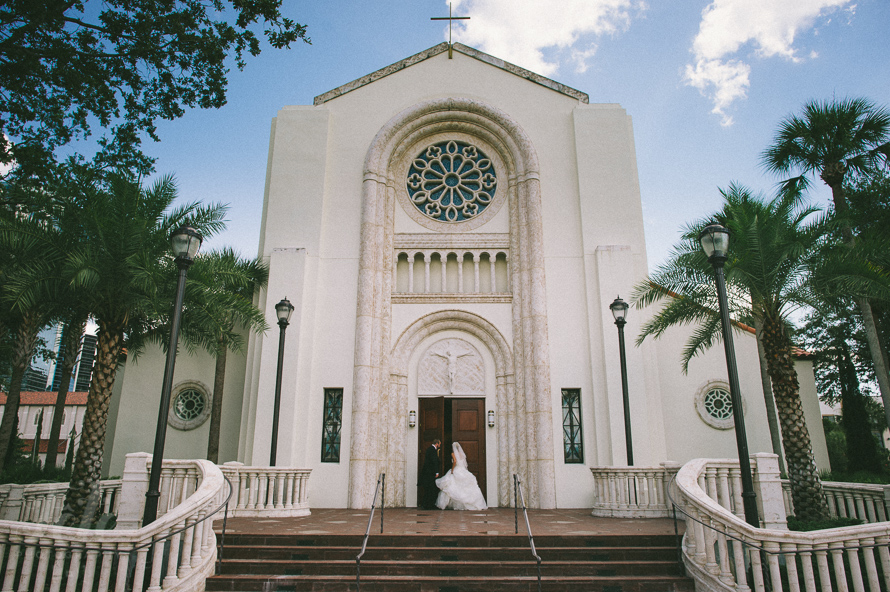 orlando-wedding-at-saint-james-cathedral