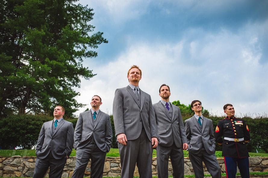 04-groomsmen-portraits