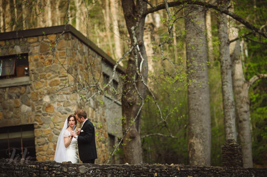 49-wedding-portraits-in-montreat-nc