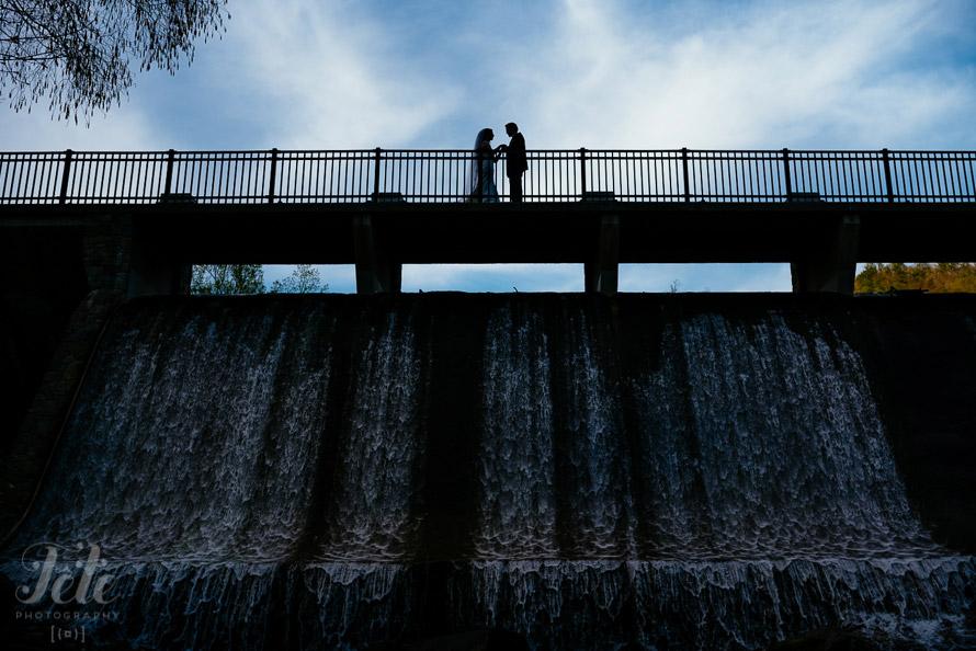 50-silhouette-wedding-portrait