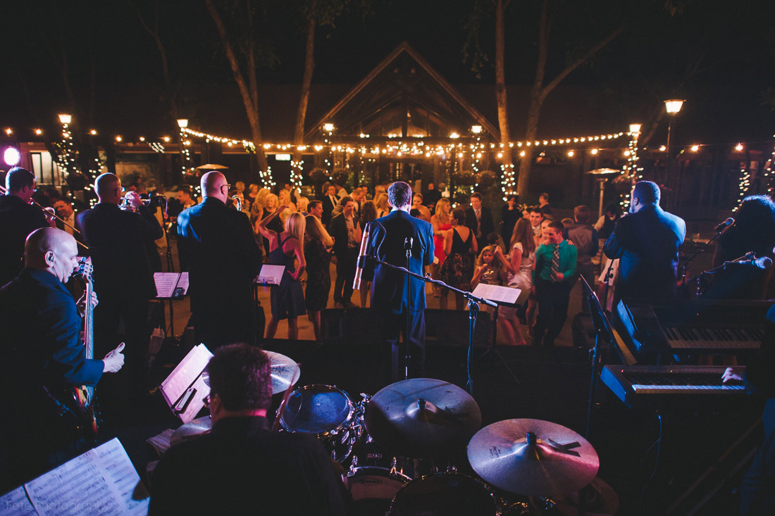 43-wedding-band-the-retreat