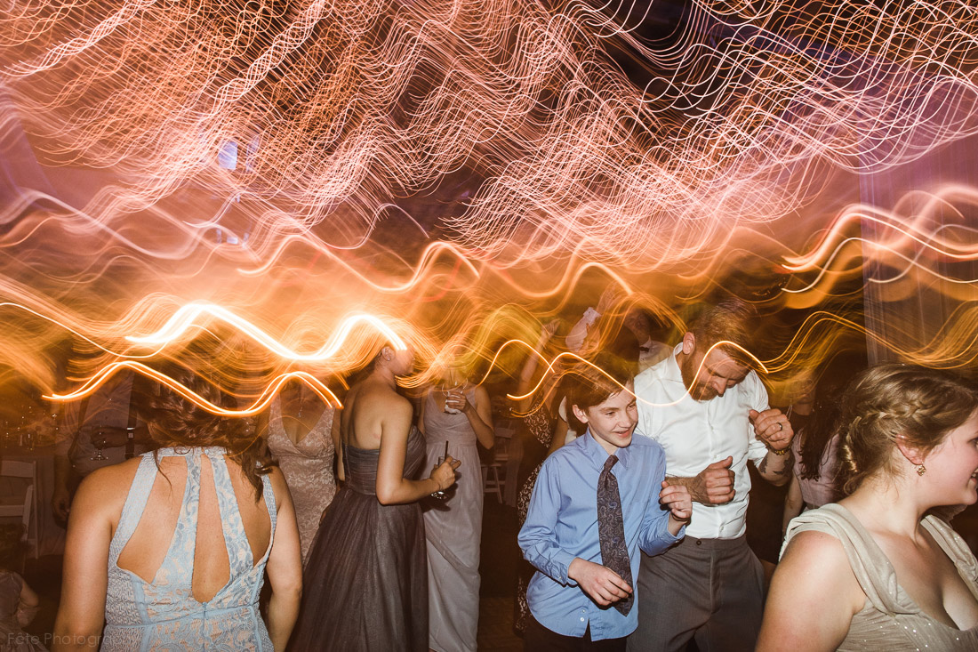 43-artsy-wedding-reception-dance-photo