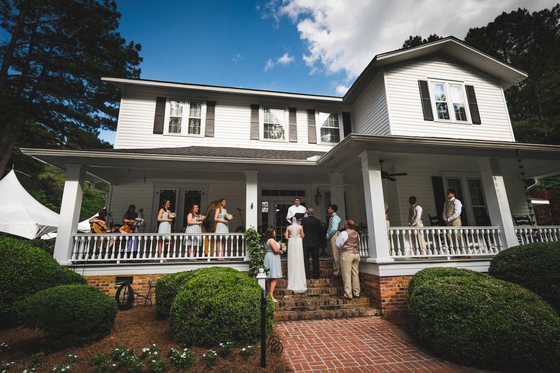 19-south-carolina-backyard-wedding