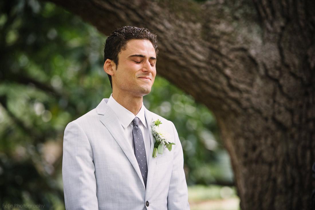 11-emotional-groom-tearing-up