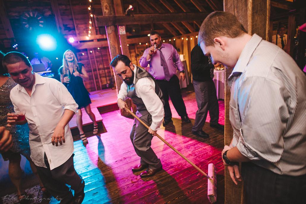 38-lake-eden-events-wedding-dancing