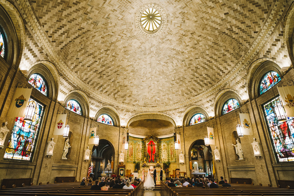 06-basilica-st-lawrence-asheville-wedding