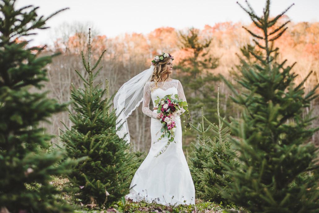 06-bridal-session-christmas-tree-farm