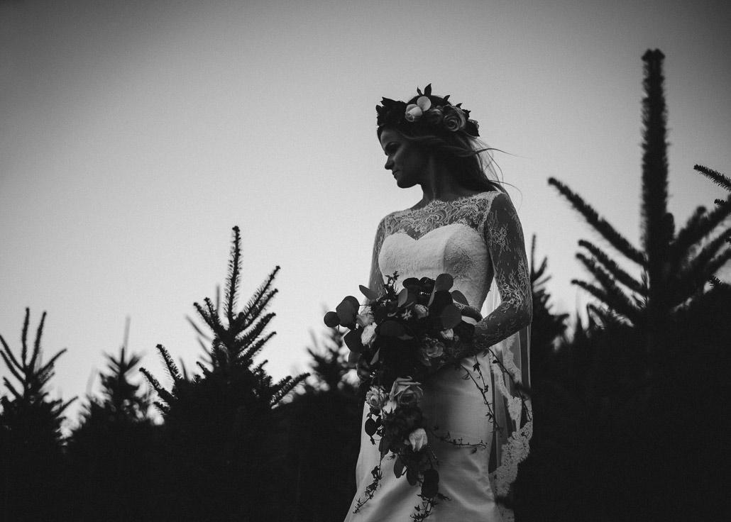 07-bridal-session-christmas-tree-farm