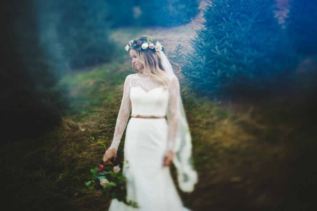 11-bridal-portrait-christmas-tree-farm