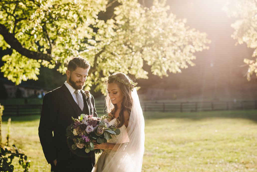 12-artistic-wedding-portrait-with-light-flare