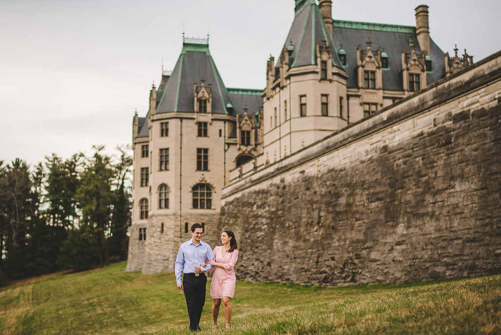 10-biltmore-estate-engagement-photography