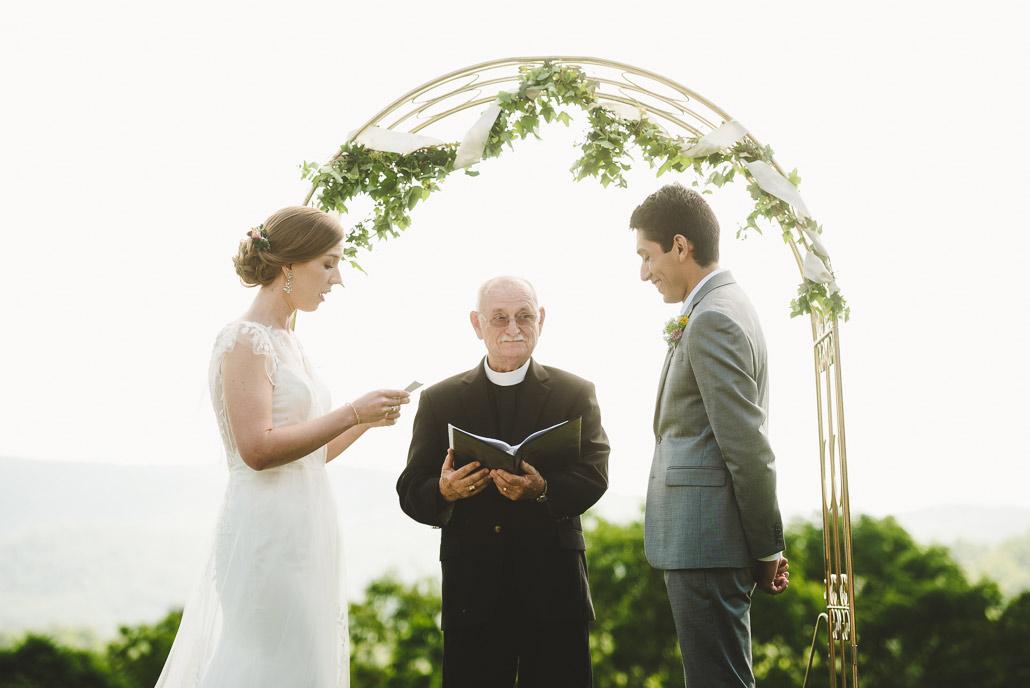 09-north-carolina-blue-ridge-mountain-wedding