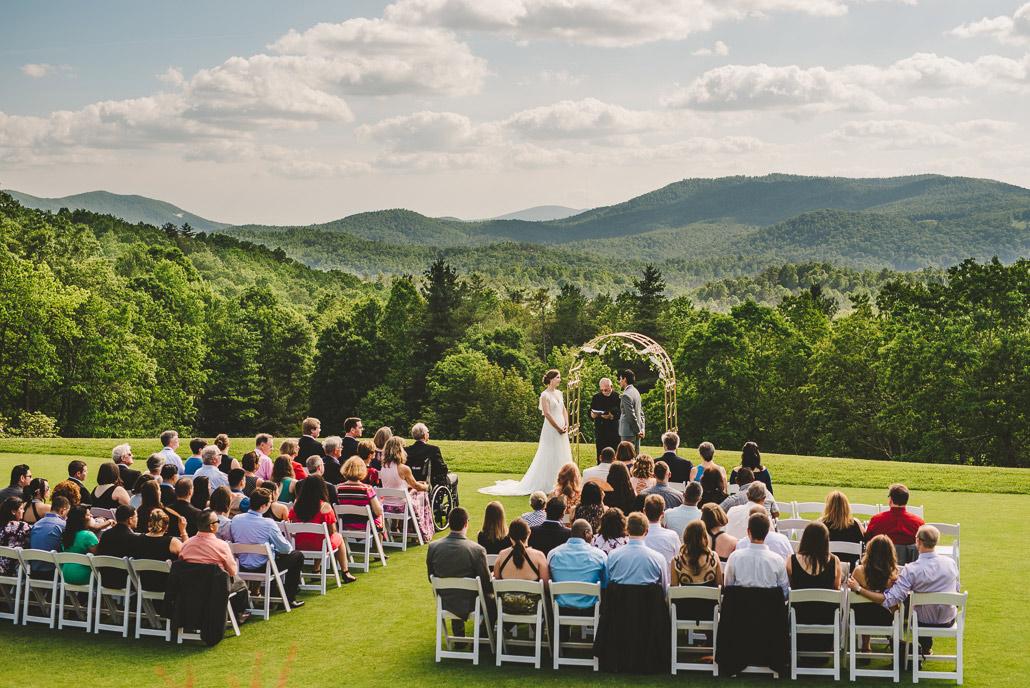 10-mountain-wedding-that-is-not-an-elopement-at-craggy-gardens