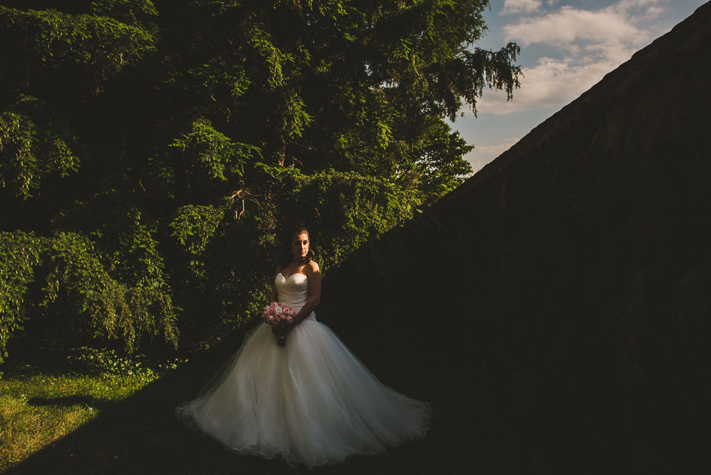 14-shadows-biltmore-bride