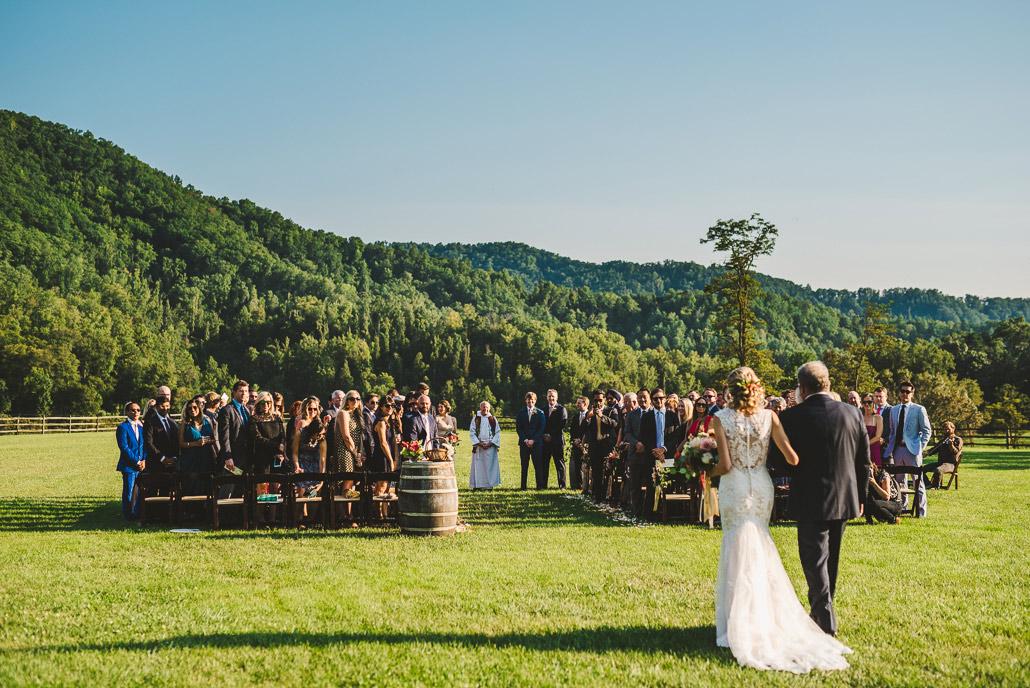 14-claxton-farm-wedding