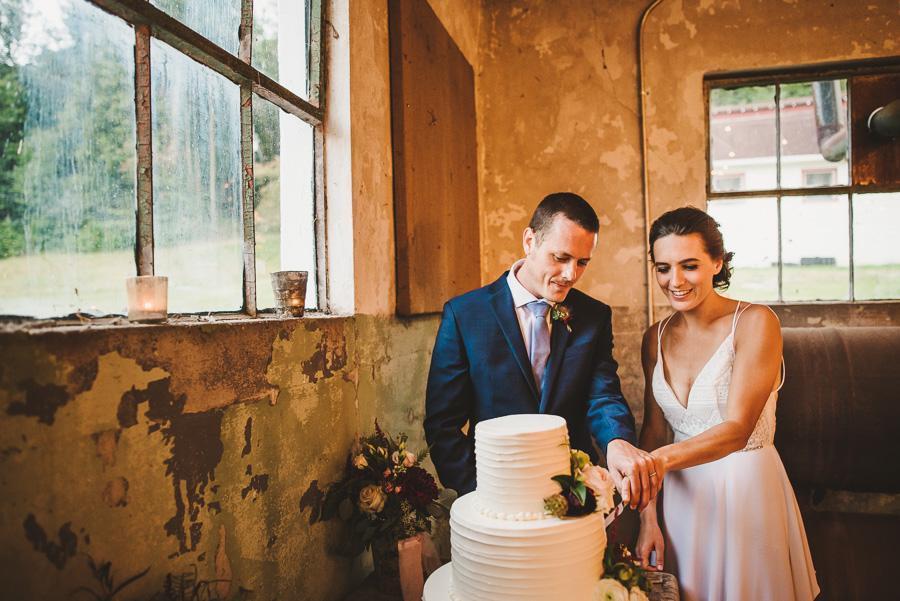 22-oskar-blues-reeb-ranch-wedding