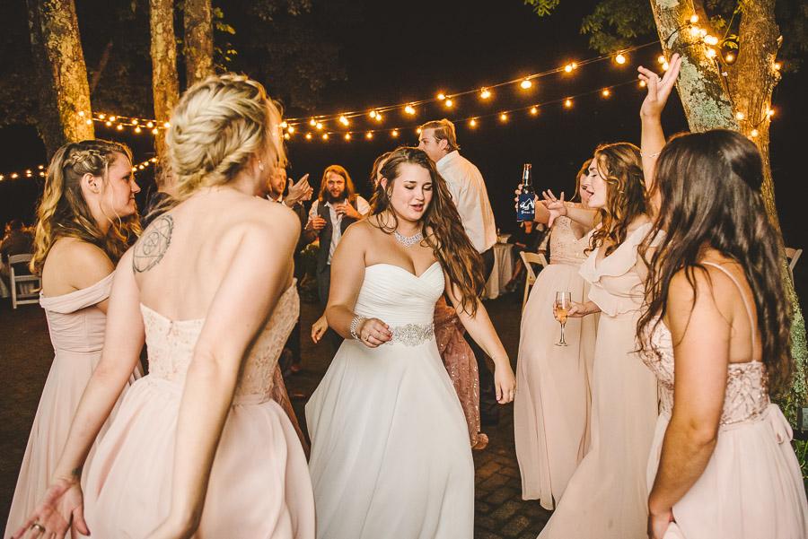 30-inn-at-crestwood-wedding-blowing-rock