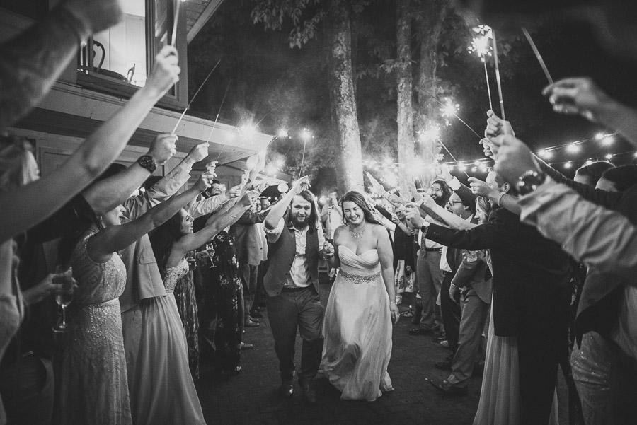 32-inn-at-crestwood-wedding-blowing-rock