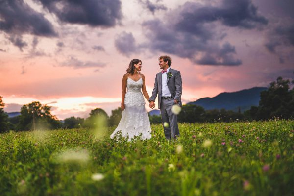 How to Look Natural in Your Wedding Photos